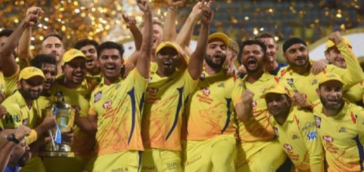 हैदराबाद को रौंदते हुए 8 विकेट से जीतकर चेन्नई तीसरी बार बना चैंपियन