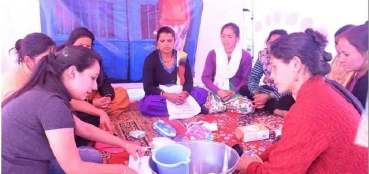 दि हंस फाउंडेशन ने मासिक धर्म को लेकर चलाया जागरूकता अभियान