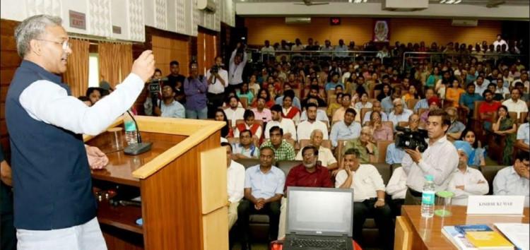 प्रकृति व विकास में संतुलन जरूरी : मुख्यमंत्री