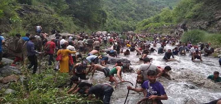 अगलाड़ नदी में संपन्न हुआ परंपरागत मौण मेला