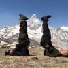 भागीरथी-टू चोटी के सफल आरोहण के बाद वहां योग करने का कीर्तिमान बनाया